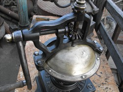 Eredeti PEUGEOT 1910  kávé bors daráló Loft öntöttvas szatócs bolti kávédaráló industrial