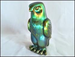 Rendkívül szép kék-zöld eozin mázas jelzett Zsolnay porcelán sólyom