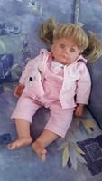 Eredeti Götz szőke hajú minőségi baba 50cm játékbaba szép állapotban eredeti ruhájában