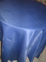 Csodaszép kék selyemdamaszt terítő