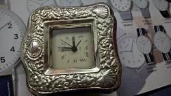 Asztali óra ezüst borítással