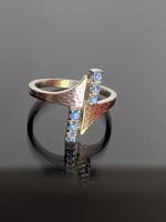 Antik ezüst gyűrű világos Zafír kövekkel ékesítve