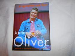 Jamie Oliver Szakácskönyv (Eredeti ár 4900 Ft)