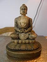 Buddha szobor meditáló