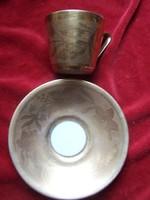 Dúsan aranyozott mokkás csésze az aljával- jelzett, datált, hibátlan