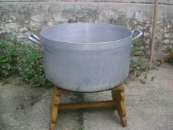 Régi, nagy méretű fazék, lábas - kültéri főzéshez, üstházhoz