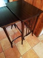 2 db egymásba tolható thonet asztal, fissen restaurált  asztal