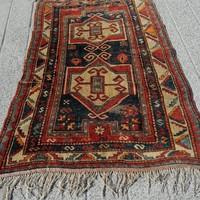 Antik kaukázusi kézi csomózású szőnyeg.Bordjalou kazak.