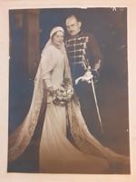 Régi esküvői fotó menyasszonyi fénykép vőlegény huszár egyenruhában