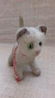 Antik r kis cica üveg szemekkel hímzett orral