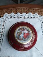 Jelenetes porcelán bonbonier