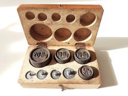Antik hiánytalan súlykészlet eredeti dobozában, hitelesített