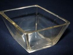 Rombusz formájú üveg