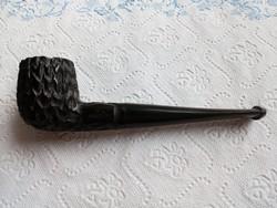 Régi faragott Bruyere pipa +egy pipafej