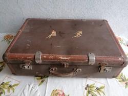 Bőrönd