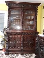 Gyönyörű antik kb. 100 éves reneszánsz vitrin, tálaló