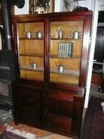 Nagyon szép antik szecessziós, kis méretű üveges, vitrines könyvszekrény