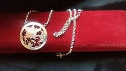 Ezüst collier Virág medállal
