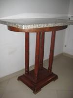Bieder asztal