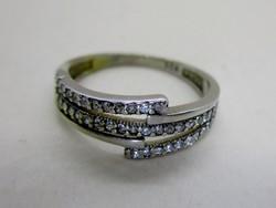 Gyönyörű több soros csillogó kristályos ezüst gyűrű