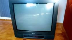 ITT Nokia 30 éves színes működőképes retró - tv gyűjtőknek eladó!