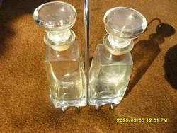 Olaj - ecet tartó üvegszett 4 db fém tálkával