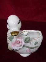 Német porcelán asztalközép, kacsa, rózsával, hossza 9 cm, magassága 8,5 cm.