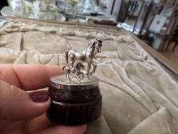 Ezüst ló és csikó mini figura