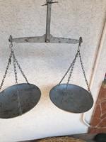 Nagymérerű régi kofa mérleg 68×62 cm a tál átmérő 27 cm