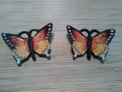 Öntöttvas pillangók.
