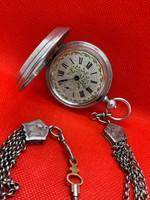 Beguelin kulcsos duplafedeles zsebóra lánccal, ezüst