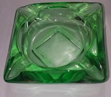 Art deco Smaragd zöld hamutál.Mérete:12x11 cm.