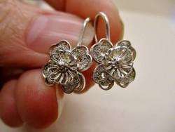Gyönyörű antik ezüst filigrán fülbevaló