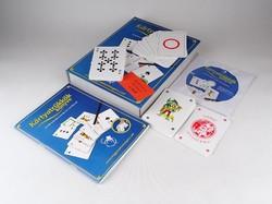 0Z569 Kártyatrükkök könyve bűvészkártyával