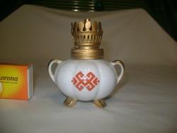 Retro porcelán dísz petróleum lámpa - búra nélkül