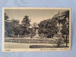 Sopron Deák-tér az időjelzővel régi képeslap levelezőlap