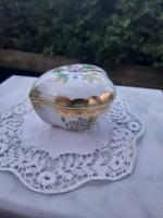Elsőosztályú, viktóriamintás Herendi bonbonier, szív formájú