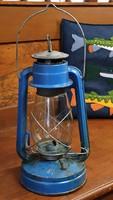 Régi , még mindig működő  petróleum lámpa eladó.