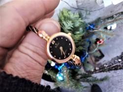 Bulova  Quartz karkötő karperec ékszer óra női pici elegáns aranyozott 3 atm  ig vízálló