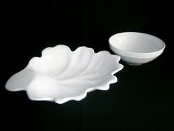 Kézzel készített egyedi fehér kerámia tölgyfalevél alakú nagy gyümölcstál szűrő-mosó tállal
