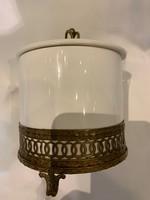 Cukortartó porcelán és bronz kombinációja