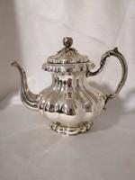 Ezüst  teás-/kávéskanna.Barokk stilusban. Kézzel kalapalt. Róza dísszel.