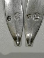 Agnus Dei, 13 Lat ezüst jelzéssel eladó teáskanál, a debreceni Kászonyi László munkája