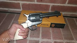 Colt Peacemaker revolver replika