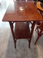 Thonet asztal,álvány,asztalka,bútor