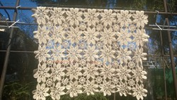 Gyönyörű szalaghorgolt terítő bézs/ekrü szín 93x93  cm hibátlan szép db