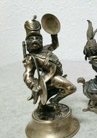 Két darab ezüst figura a francia Napóleon katonai zenekarából. (A teljes sorozat állítólag 7 tagú)