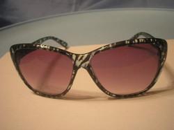 U9 Retro napszemüveg színes keretű