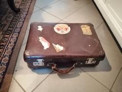 Régi kis bőrönd koffer