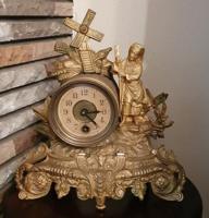 Szobros antik kandallóóra